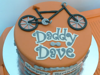 apatorta con bicicleta para día del padre tazzy cakes com