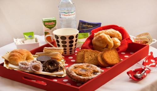 Im genes con ideas de desayunos para cumplea os y fechas especiales - Regalar desayuno a domicilio madrid ...
