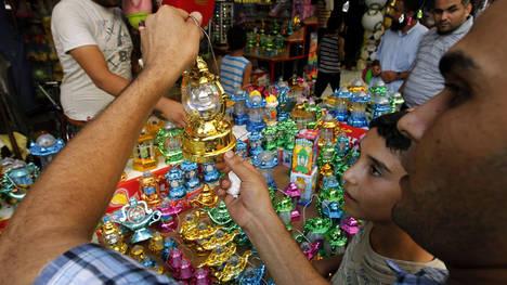 PREPARATIVOS-Ramadan-abstienen-atardecer-AFP_CLAIMA20120719_0220_22