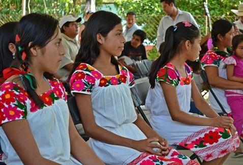 Hidalgo-Huasteca-Otomi-Tepehua-Valle-Mezquital_MILIMA20130806_0584_8