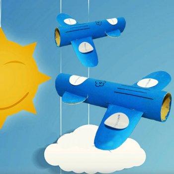 movil34727-3-avion-con-rollos-de-papel-juguetes-reciclados-para-ninos