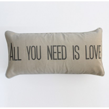 almohadon-all-you-need-is-love