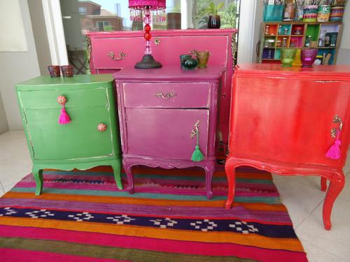 Im genes con ideas nuevas y modernas para reciclar muebles for Como reciclar una mesa de televisor antigua