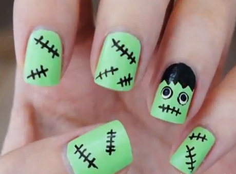 simple-halloween-nail-designs-40