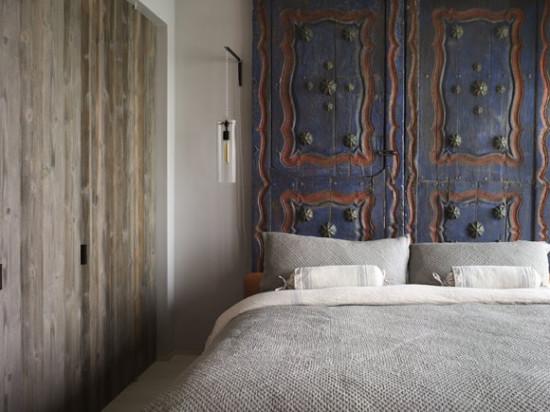 ventanasdormitorio-cabecero-hecho-con-puertas-antiguas-tailandesas-blogs-hoy-es