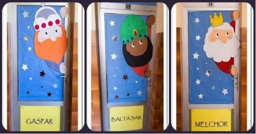 Ideas nuevas para decorar y adornos de los reyes magos for Puertas decoradas navidad material reciclable